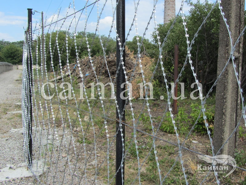 Колючая сетка Пиранья - безопасная защита периметра