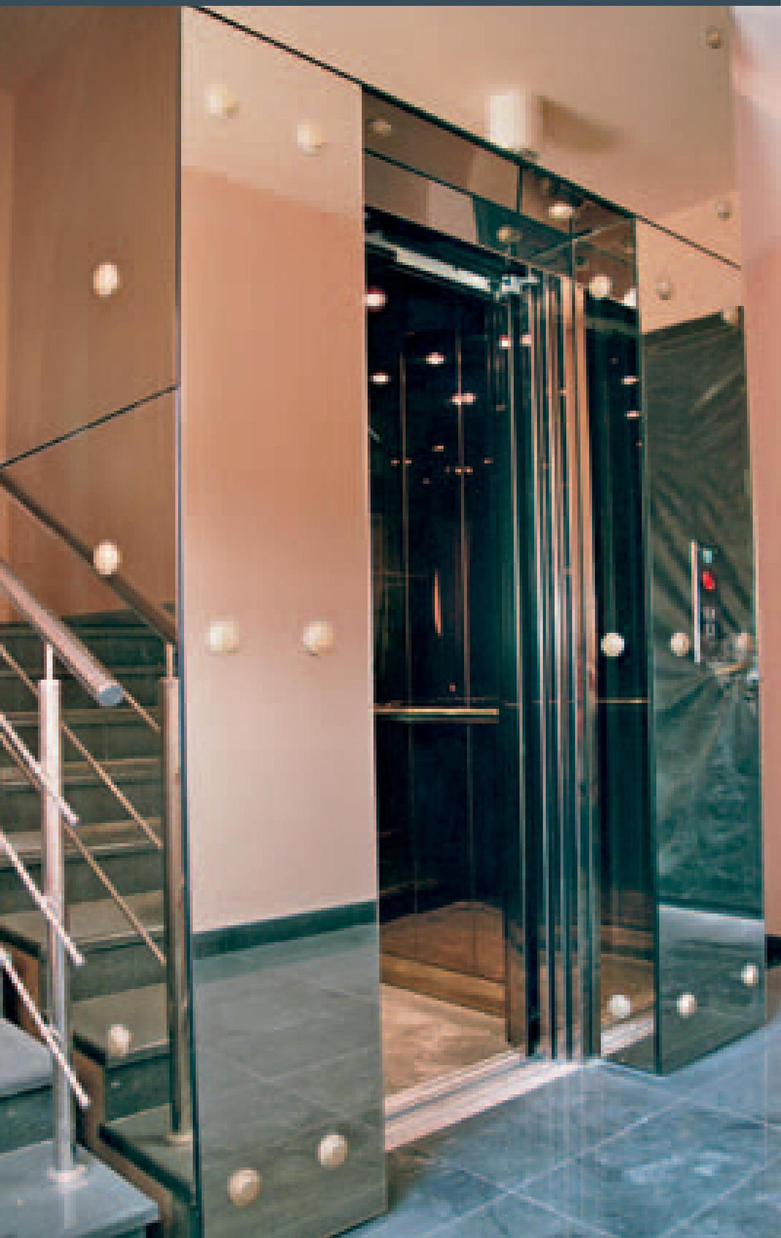 Замовити ліфти пасажирські EMERALD 100, 300 и 500