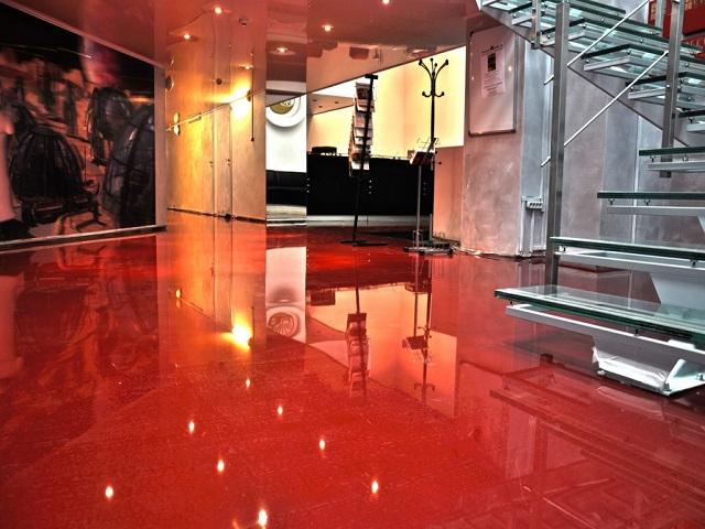 Глянцева наливна підлога ціна доступна у нас!