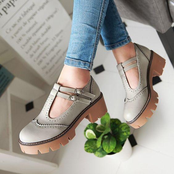 e7567114b20e00 Якісне взуття оптом і вигідно від