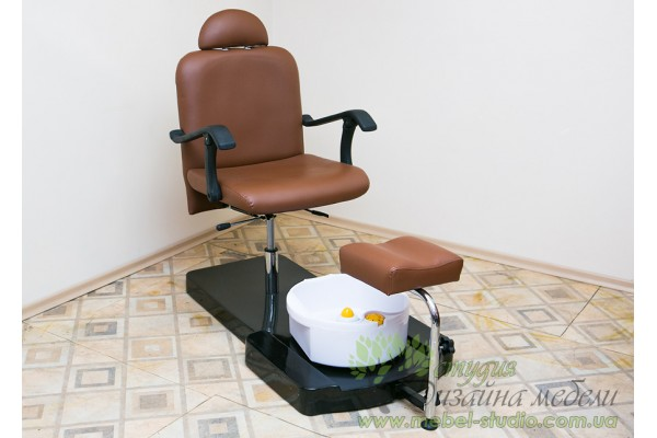 Кресло кушетка для педикюра по выгодной цене