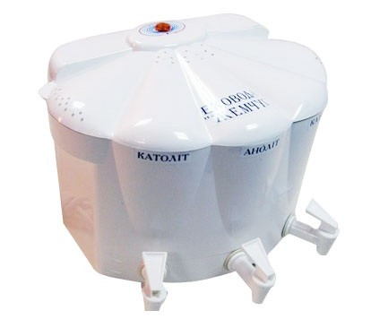 Побутовий водоочищувач «Ековод» з кремнієвим електродом та блоком на 6 літрів
