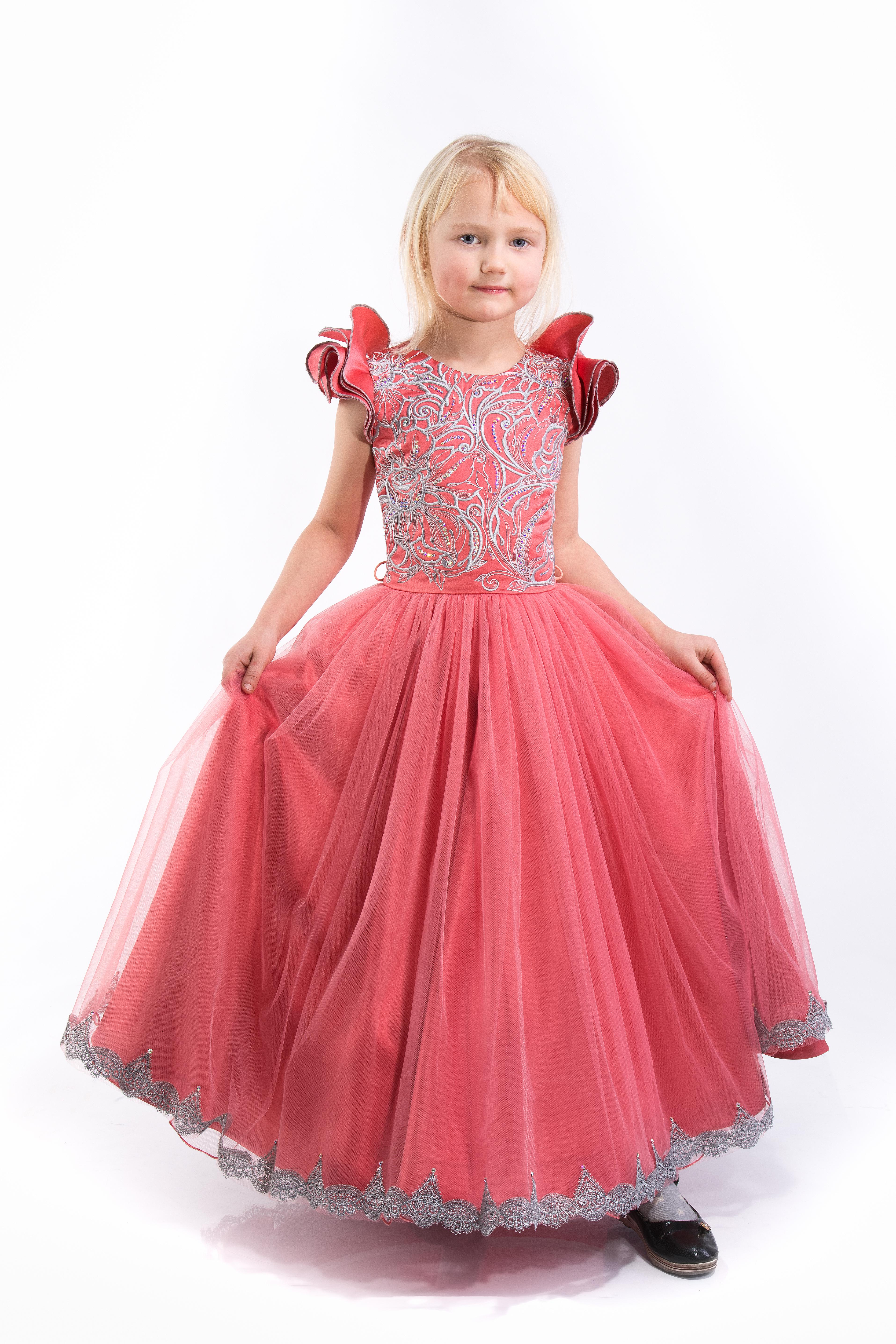 Пошив бальных платьев на заказ!