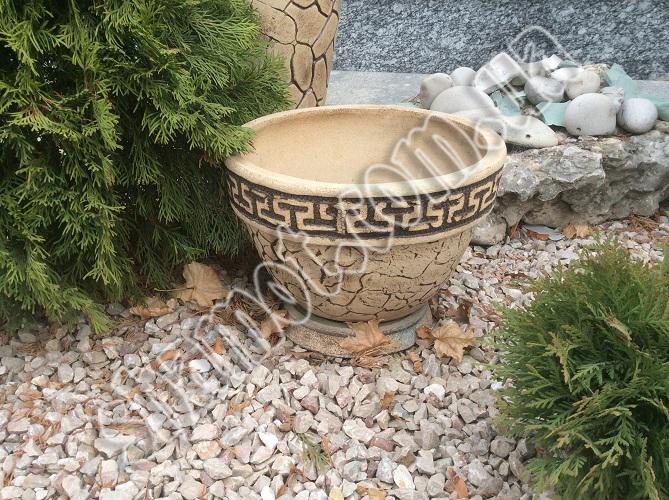 Оригинальные изделия из шамотной глины для декорирования дома и сада