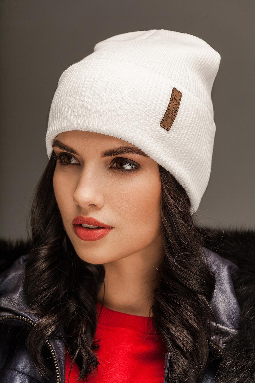 Красива жіноча шапка можна придбати у нас!