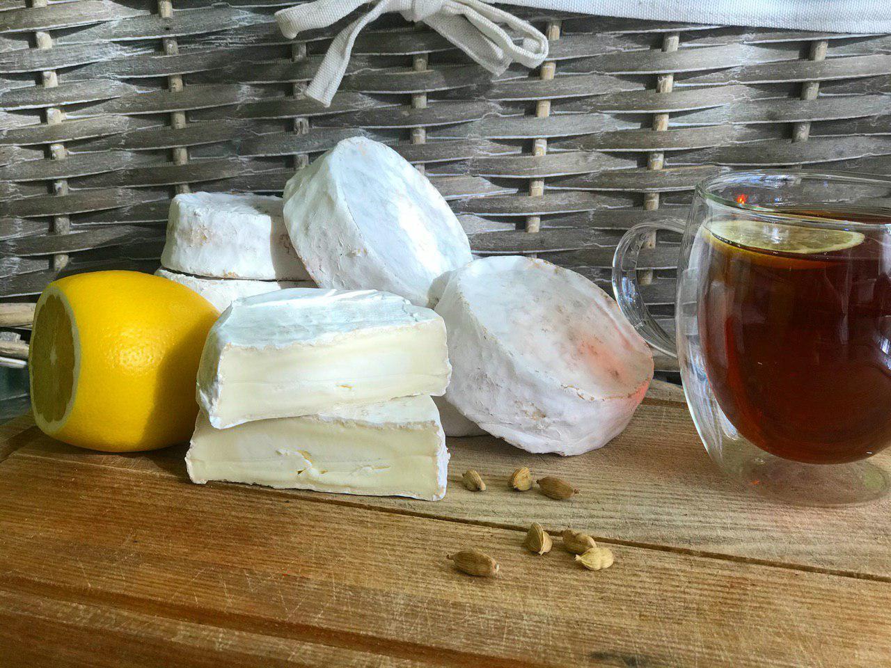 Пропонуємо сир Камамбер з коров'ячого молока!