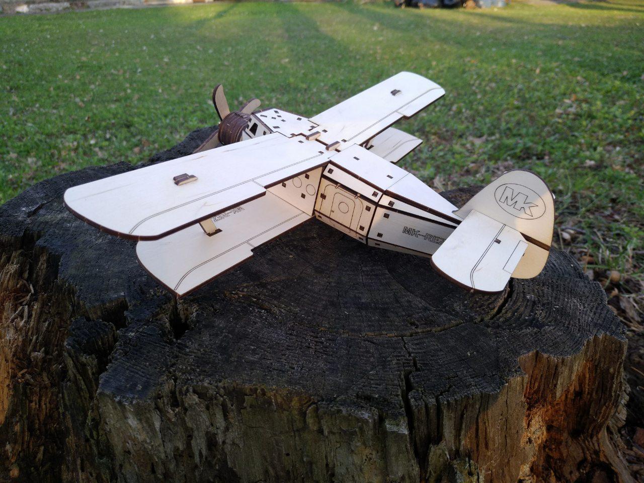 Конструктор самолет из фанеры можно заказать у нас