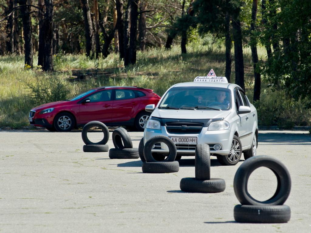 Курсы безопасного вождения в Ковеле по доступной цене
