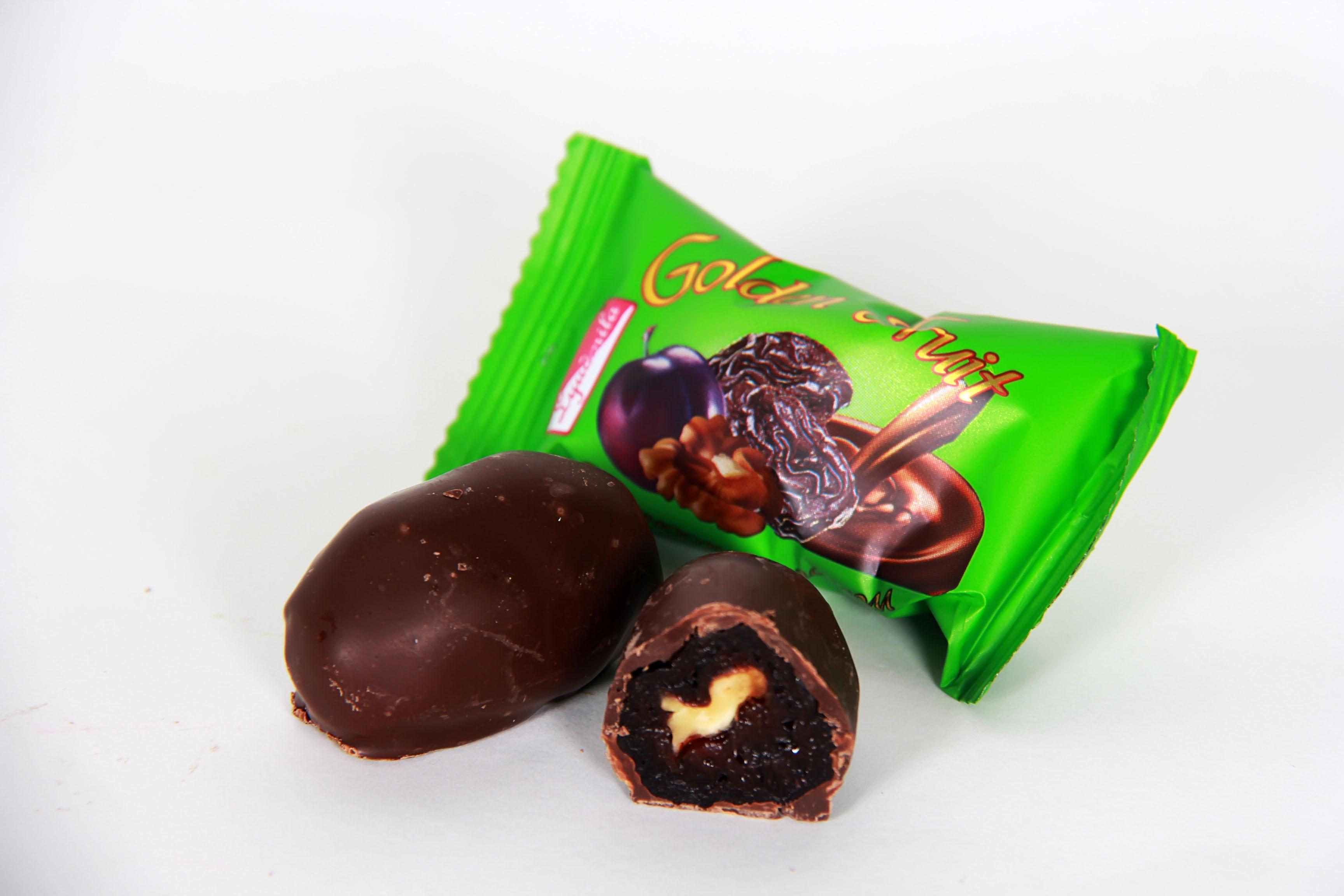 Классические натуральные конфеты с черносливом