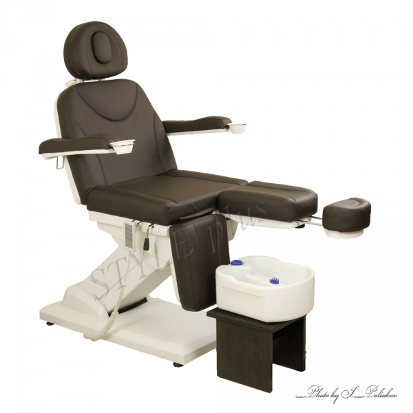 Качественное и надежное педикюрное кресло покупайте в