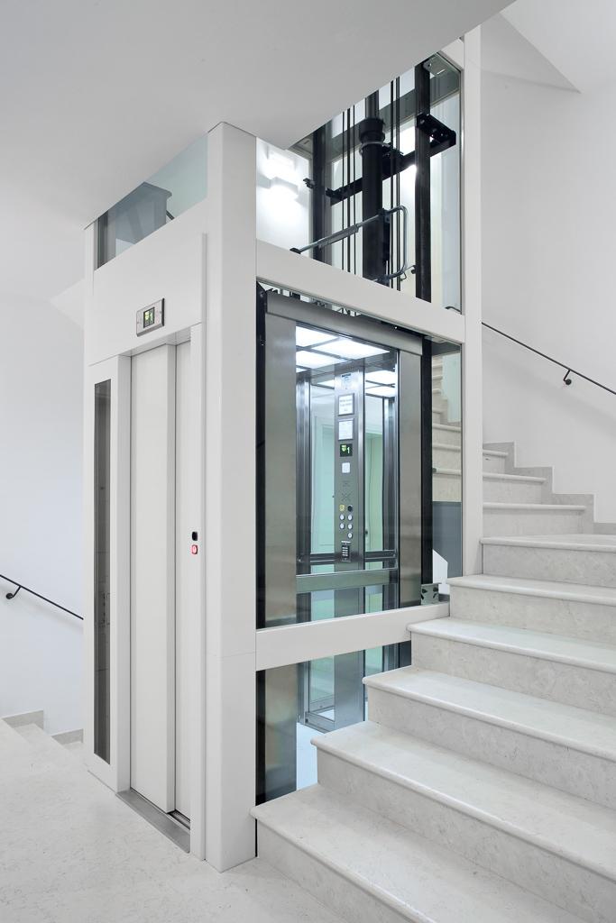 Заказивайте лифт для коттеджей !