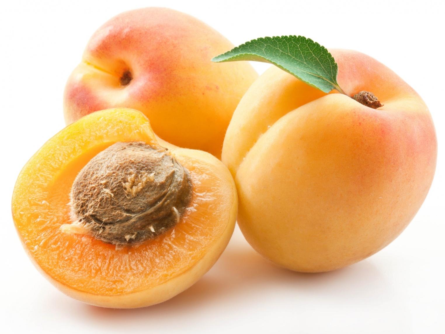 Пропонуємо купити заморожені абрикоси