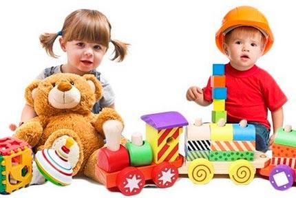 Велике різноманіття іграшок пропонує оптовий магазин іграшок