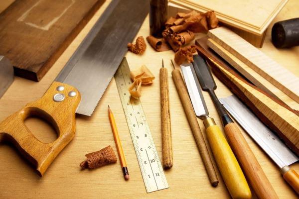Різноманітні дерев'яні вироби пропонуємо виготовити з хвойної деревини
