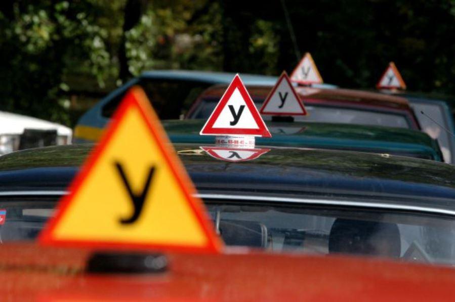 Обучение вождению автомобиля предлагает автошкола Ковель