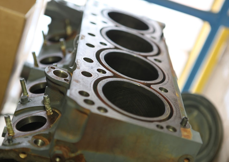 Пропонуємо придбати запчастини на дизельний двигун дойц Київ