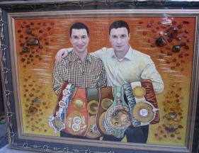 Портреты из янтаря: мастерская и магазин янтаря