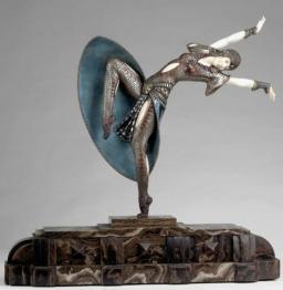 Пропонуємо купити статуетки і фігурки авторської роботи