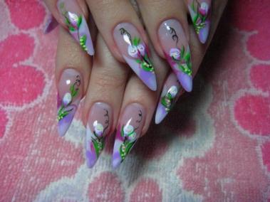 Курси нарощування нігтів акрилом