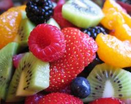 Свежие ягоды и фрукты: доставка Украина, Киев