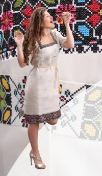 Вишиті плаття — хіт сезону!
