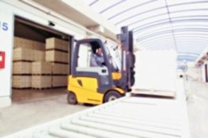 Акумулятори та запасні частини до навантажувачів, продаж в Україні