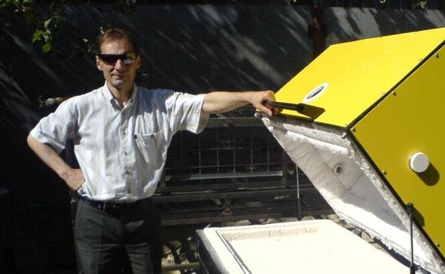 Двухподовая піч з електромеханічним підйомником