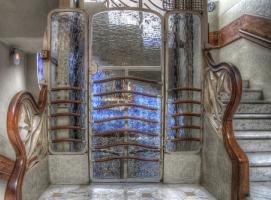 Установка коттеджных лифтов