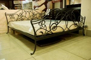 Ковані ліжка. Самі незвичайні моделі в студії