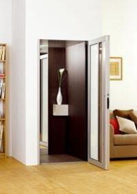 Пропонуємо купити компактний котеджний ліфт