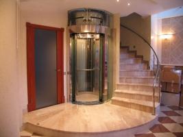 Пропонуємо купити котеджні ліфти