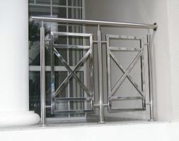 Виготовляємо огорожі та поручні з нержавіючої сталі