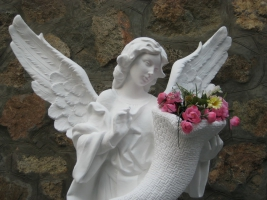 Нова садова фігура Ангела вже у продажу!