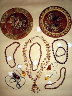 Предлагаем купить изделия из янтаря