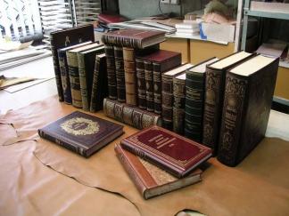 Реставрация старинных книг: услуги профессионалов