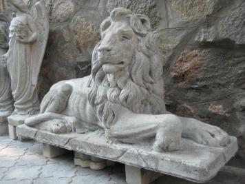 Большой выбор скульптур из бетона