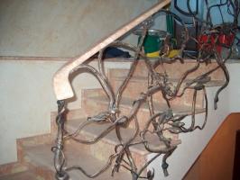 Заказывайте лестницы из мрамора (Киев, Житомир, Кировоград). Вас ждут скидки!