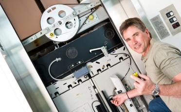 Ремонт и обслуживание лифтов - выполняют профессионалы