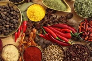 Пропонуємо купити спеції в Україні оптом. Фасування спецій під ТМ замовника