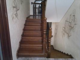 Дерев'яні сходи з дуба - витвір мистецтва у вас вдома