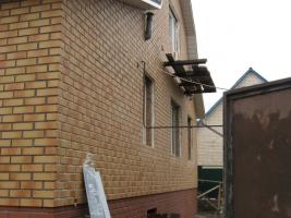 Купите фасадные панели - и Ваш дом будет уютным в любую погоду!