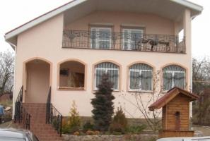 Сучасні фасадні панелі - краса і тепло Вашого будинку!
