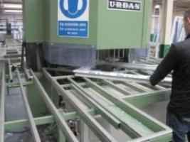 Комплект обладнання для виробництва ПВХ вікон продуктивністю 160-180 конструкцій