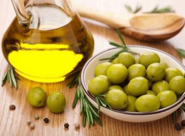 Греческая оливковое масло - большой и мелкий опт. Только качественное!