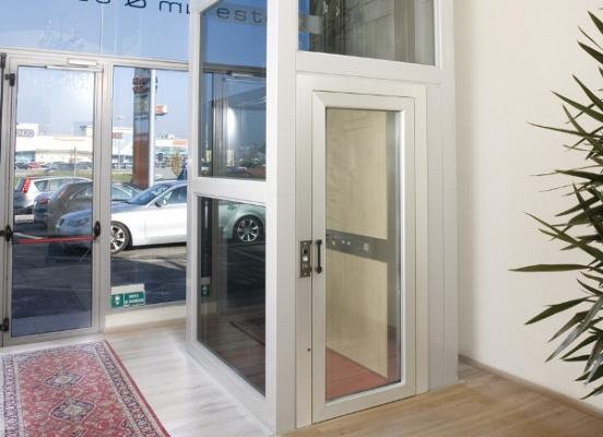 Коттеджный лифт: большой выбор дизайнерских моделей
