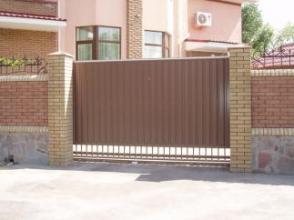 Купуйте відкатні ворота від українського виробника. Це вигідно!