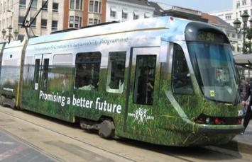 Вами зацікавляться відразу: замовте рекламу на трамваях вже зараз!