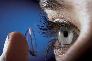 Ночные контактные линзы - лечите зрение правильно