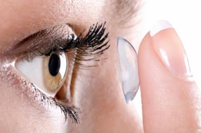 Удобно! Мягкие контактные линзы для чувствительных глаз