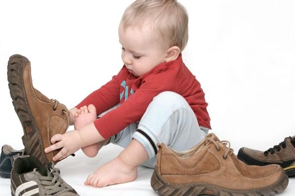 Продаж дитячого одягу та взуття оптом - наша основна сфера діяльності.  Продаж ростовками та без. У нас найнижчі ціни по Україні. У нас Ви можете  придбати ... f1c6c1324f17e